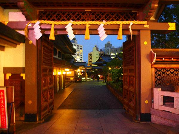東京の合格祈願は湯島天神。お守りの値段や鉛筆の効果は?