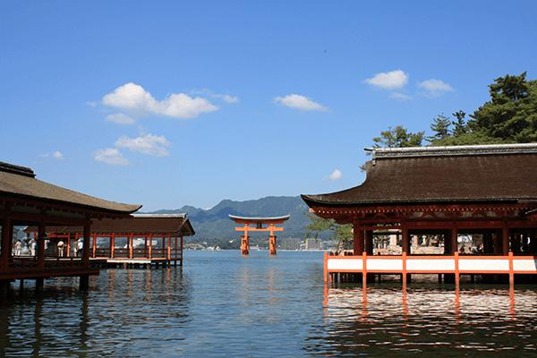 宮島の厳島神社お守りのご利益は縁結び?干潮を歩く靴は?